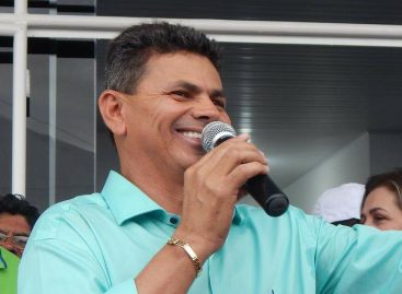 Valmir de Francisquinho nomeia 12 nos secretários após o seu retorno