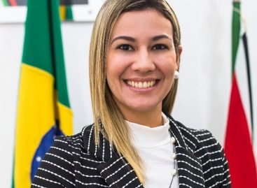 Prefeita de Lagarto, Hilda Ribeiro, exonera esposa, filho e irmã de Valmir Monteiro