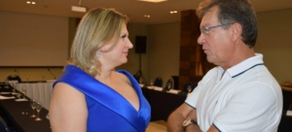"""Joice Hasselmann: """"O Brasil precisa de gente de coragem como você, Laércio"""""""