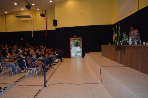Palestra sobre realidade da mulher movimenta UNINASSAU Aracaju