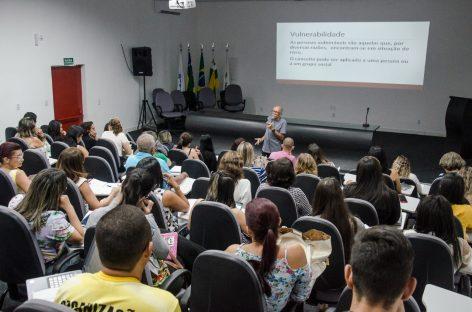 SES apresenta perfil epidemiológico do Estado aos 75 municípios sergipanos