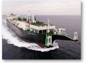 Navio regaseificador Golar Nanook chega ao estado de Sergipe