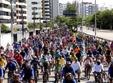 Passeio ciclístico em homenagem ao aniversário de Aracaju atrai público
