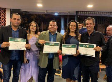 Ex-prefeito de Capela, Ezequiel Leite, recebe o Prêmio Qualidade Tribuna