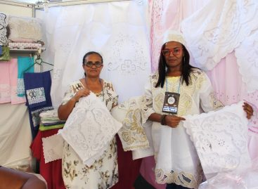 Bordadeiras de Tobias Barreto expõem em stand da Seagri na 7ª FAESE