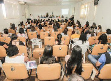 Estado e municípios debatem diretrizes para a Assistência Social