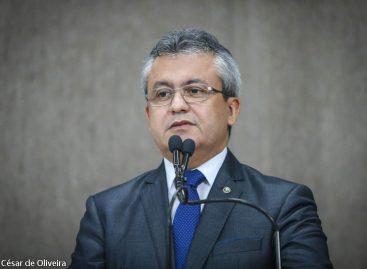 Elber vai prestar queixa-crime no MP contra a Secretaria Municipal de Saúde