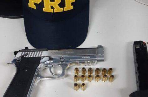 PRF apreende arma de fogo cal .380 na BR 101 em São Cristóvão