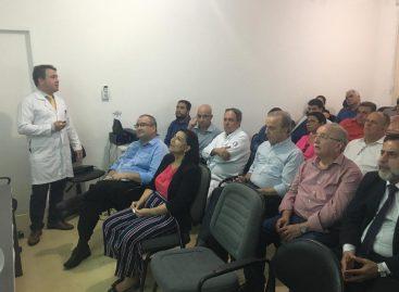 Hospital de Cirurgia recebe visita do Governador e da equipe do Hospital de Barretos
