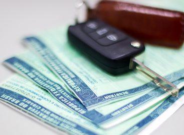 Licenciamento: Donos de veículos com placas finais 1 e 2 têm até esta sexta