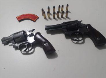 PM prende dois homens portando armas de fogo em Nossa Senhora das Dores