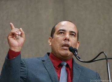 Cabo Amintas pede apoio de vereadores para a regulamentação do serviço de mototaxistas