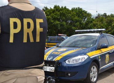 PRF apreende 12 celulares roubados na BR 101 em Maruim