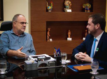 Governador e novo superintendente da Caixa discutem parcerias