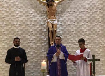 Novo padre encontra dívidas na paróquia de Nossa Senhora Aparecida