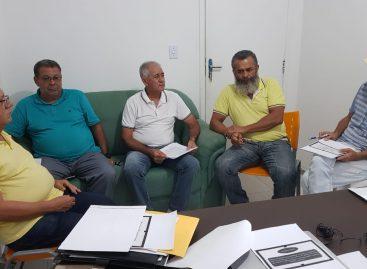 Vereador Zé Valter reúne equipe para acelerar implantação do Sistema de Economia Solidária