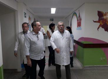 Secretário da Saúde visita o Huse e alinha melhorias para o acolhimento do hospital