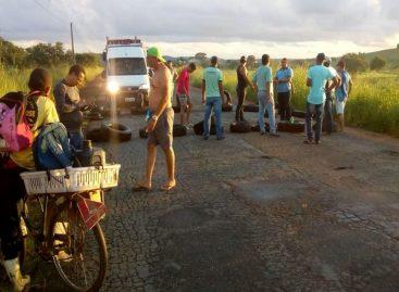 Manifestantes fecham parte da rodovia entre Lagarto e Riachão do Dantas