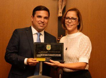 Governador e secretário-geral de Governo são homenageados pela Polícia Civil de Sergipe