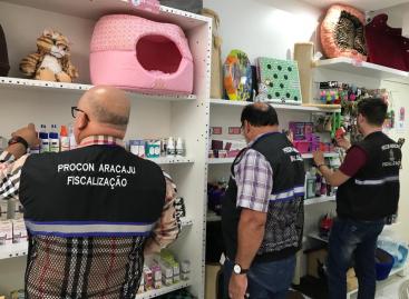 Prefeitura de Aracaju fiscaliza 15 Pet Shops da capital
