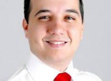 """Valadares Filho diz que existe obras em Aracaju """"graças aos recursos de André"""""""
