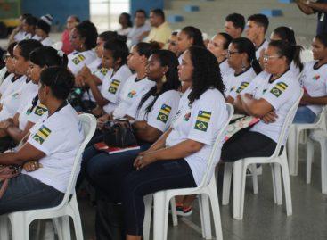 Prefeito Vino participa de aula inaugural de cursos profissionalizantes