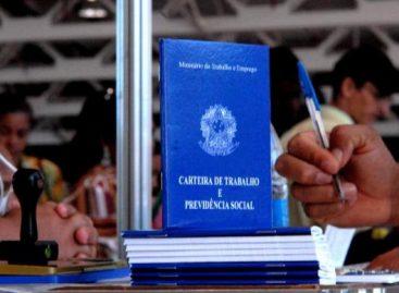 Esposa de dois deputados estaduais são demitidas dos cargos pelo governo