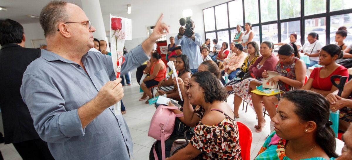 Governador Belivaldo Chagas visita Centro de Atenção Integral à Saúde da Mulher