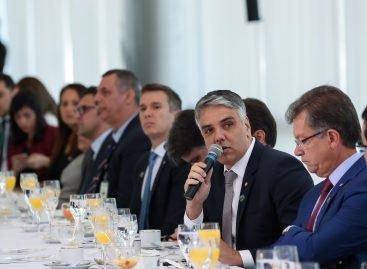 Fábio Reis participa de café da manhã com Jair Bolsonaro e a bancada do Nordeste