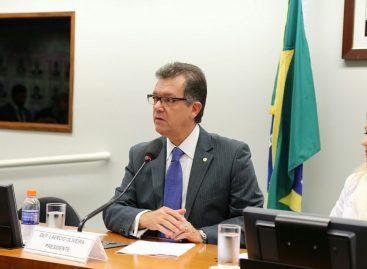 Laércio defende em Comissão a quebra do monopólio para baixar o preço do gás