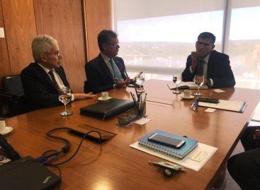 Laércio e José Augusto conversam com ministro da Secretaria de Governo sobre a Fafen