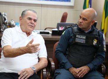 Conselheiro Carlos Alberto recebe comandante-geral da PM/SE