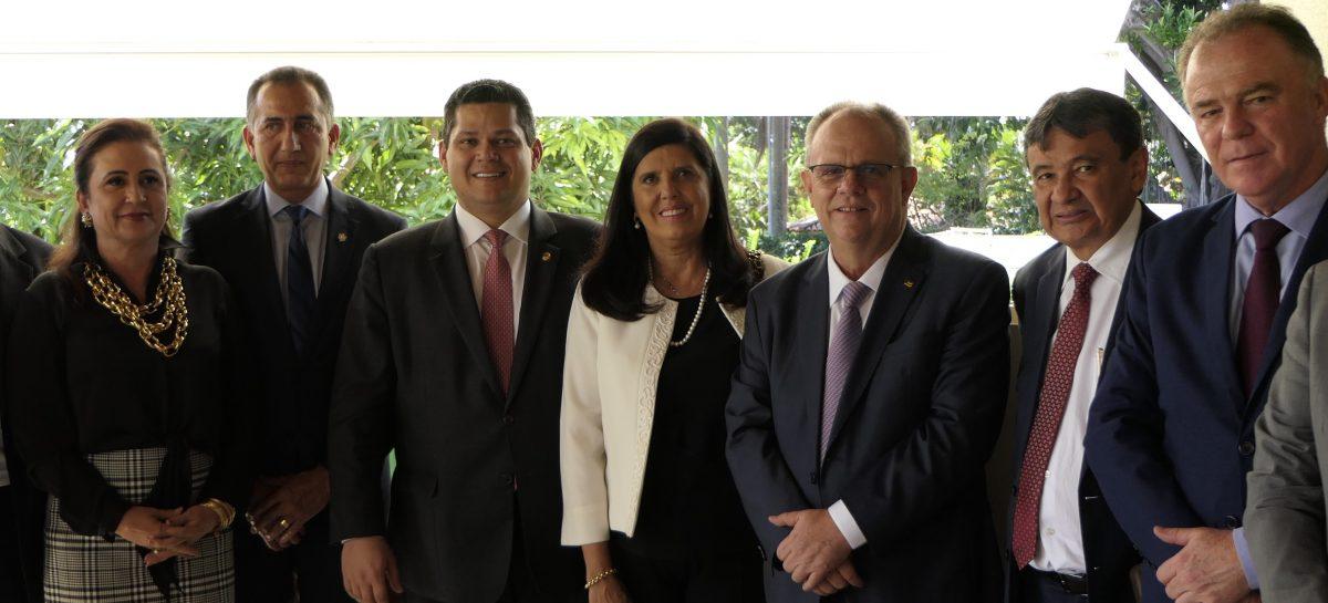 Governadores reivindicam pacto federativo para recuperação econômica