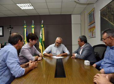 Edvaldo autoriza realização de concurso público para auditor de tributos