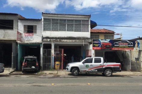 Desmanche de carros em oficina é desarticulado na Zona Norte de Aracaju
