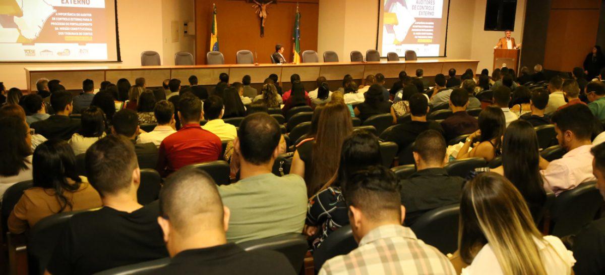 Seminário dos auditores do TCE/SE debate evolução do controle externo no país