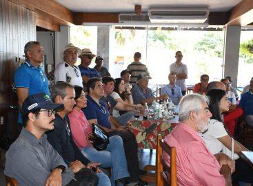 Laércio visita carcinicultores de Brejo Grande e ouve as dificuldades dos produtores