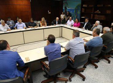 TCE recebe prefeitos em busca de solução para falta de médicos no interior