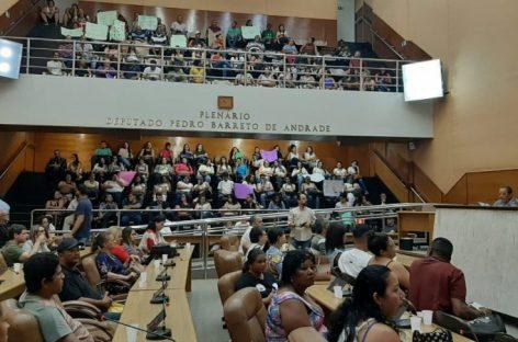 Instituições debatem sobre saúde mental no plenário legislativo