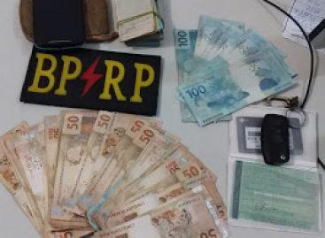 BPRP prende dupla que aplicou golpe e subtraiu dinheiro de mulher