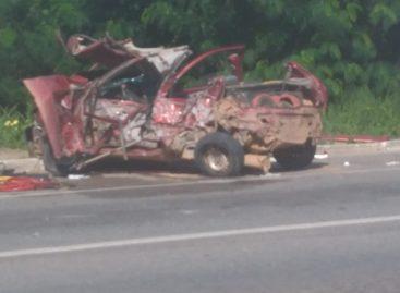 Acidente envolvendo caminhão, ônibus e três carros de passeio deixa várias vitimas