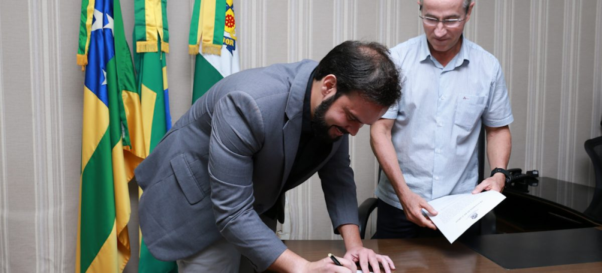 Thiaguinho Batalha assume por 15 dias a presidência da Câmara de Aracaju