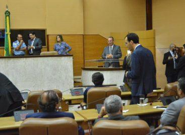 Parlamentares discutem criação de emendas impositivas