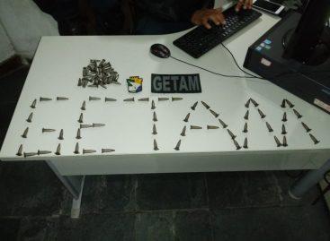 Policiais do Getam apreendem 88 pinos de cocaína no centro de Estância