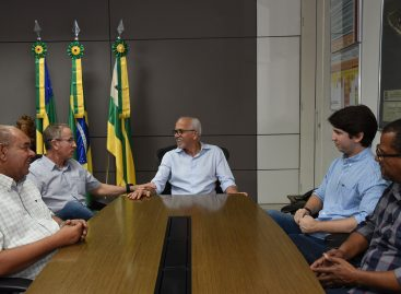 Edvaldo reassume comando da Prefeitura de Aracaju