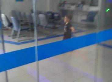 Em Maruim, criança fica presa em uma agência da Caixa Econômica Federal fechada