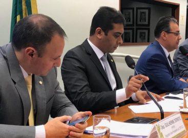 Aprovado parecer de Fernando Rodolfo legalizando profissão de moto-vigias