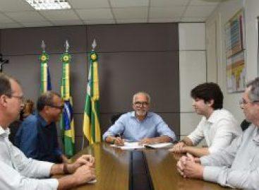 Edvaldo Nogueira sanciona Leis que autorizam dois empréstimos