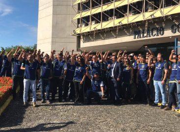 Policiais civis realizam ato no Palácio dos Despachos e não são recebidos