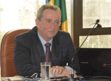 Secretário anuncia R$ 1 milhão em equipamentos para maternidade
